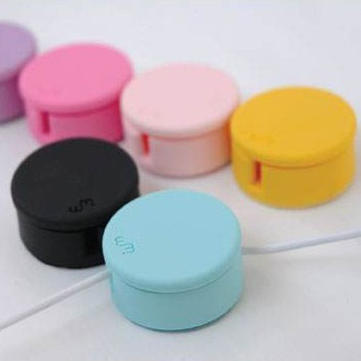 2 In 1 Candy Design Screen Cleaner Winder For iPhone Random Shipment