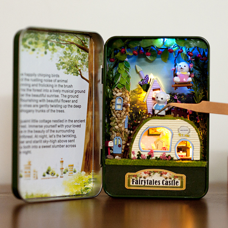 Hoomeda E001 DIY Fairytales Castle Fantastic Cottage Dollhouse Box Theatre Kids Gift Collection